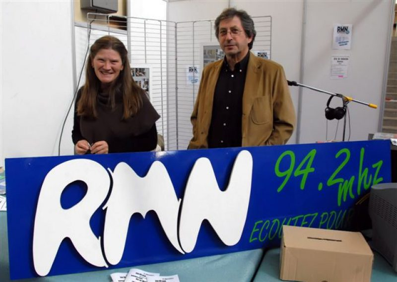 Radio locale généraliste sans pub ni tubes